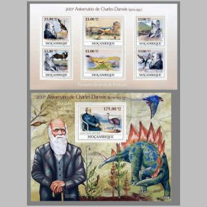 Dinosaurs and Charles Darwin on stamps of Mozambique  2009