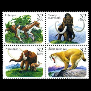 prehistoric animals on stamps of USA 1986