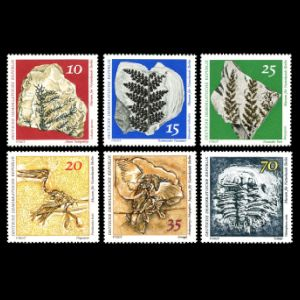 fossils of Berlin Natural History Museum on stamps of Germany-GDR 1973